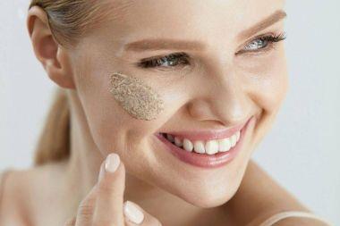 Elsősegély a bőrnek: a bőrradír és cukorradír